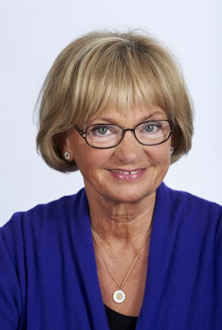 """Pia Kjærsgaard (DF) mener gårsdagen var en """"fantstisk og meget stor aften"""" (FB)"""