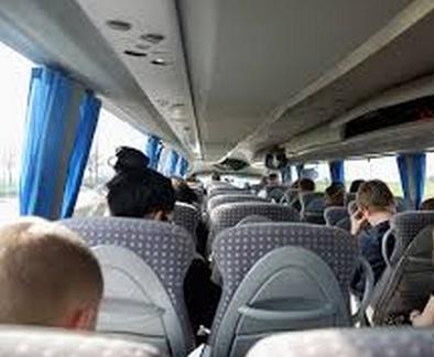 Kommer til Norge med buss eller tog - og grensene er like ubevoktet.
