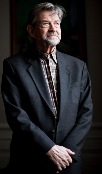 Poul Chr. Mattihiessen representerer det som er mangelvare i Norge, forskere og politikere med meninger og meningers mot.