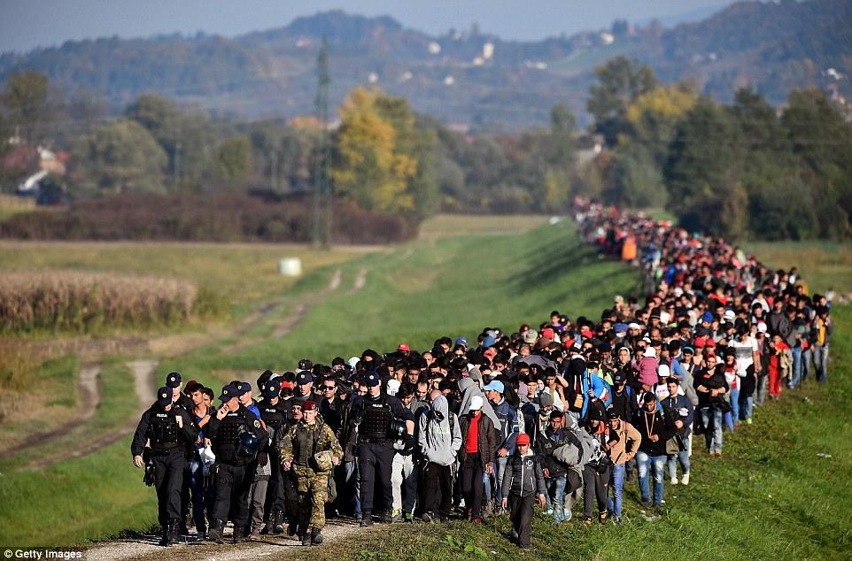 Folkevandringskrisen gjør oss enda mer sårbare for kontroll med egen befolkning