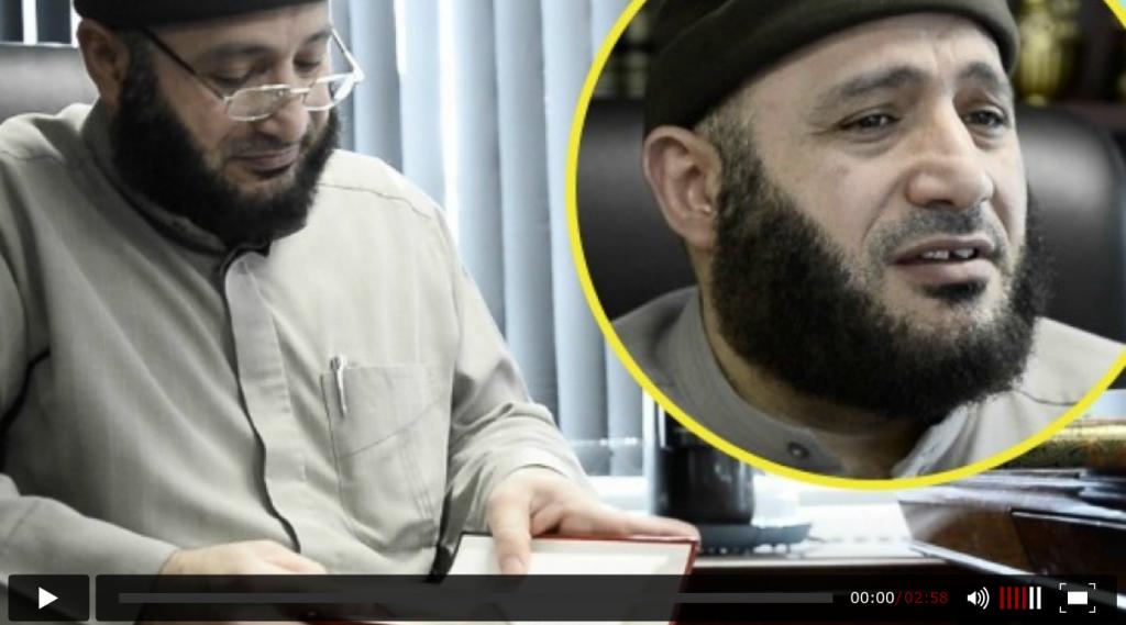 Imamen på skjult kamera fra Grimhøj-moskeen, den moskeen på Jylland som skal ha hatt flest jihadister for Den islamske staten på innsiden av dørene.