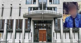 Forsvarer til terrortiltalt (16) vil ikke ha pressen i retten