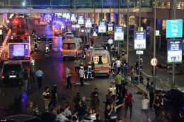 Tyrkia: 36 drept i terrorangrep i Istanbul