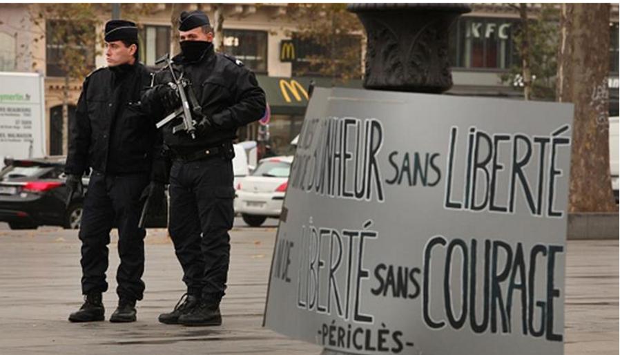 Unntakstilstanden i Frankrike har nå vart i nesten ni måneder.