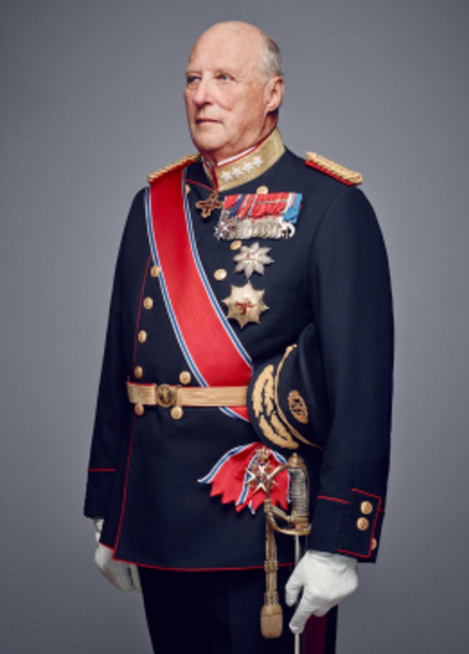 Kong Haralds tale i Slottsparken  vitner om en verdiforvirret konge. Foto: Jørgen Gomnæs, Det kongelige hoff