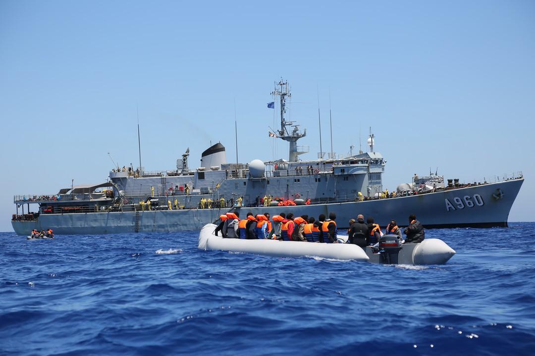 I skjæringspunktet mellom grensekontroll og redning