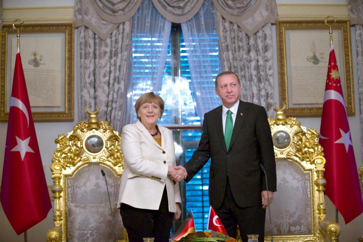Merkel har lovet Erdogan å ta imot 250000 syrere årlig