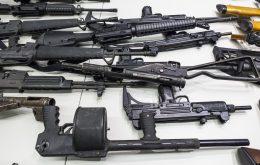 Flere våpenbeslag hos norske islamister