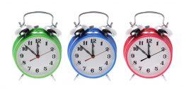 Burde ikke klokken begynne å ringe snart?