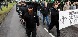Nazister marsjerer igjen