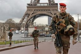 4 000 personer vil «mest sannsynlig» begå terror
