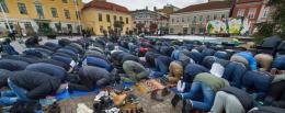 Bønne-demonstrasjon i Uddevalla for større moské