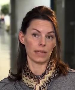Kvinne flykter fra farlige Sverige