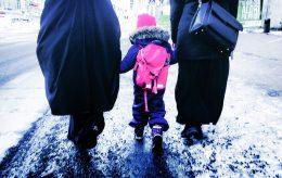 Sjokkrapport: Barna må velge om straffen er pisking, steining eller halshugging