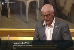 Flau opptreden av Petter Eide (SV) på Stortinget