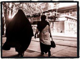 Frankrike til fullt angrep på islam: Hijaben skal bort