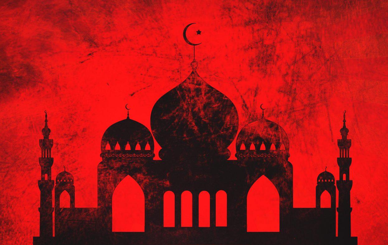 Overvåker moskeer. Hva sier gammelmediene nå?