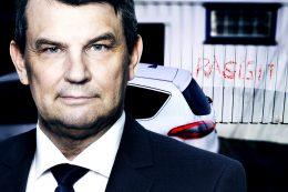 Waras kone siktet: En dypt tragisk dag for norsk politikk