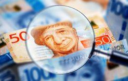 Svenske pensjonister skal betale skatt, men innvandrere …