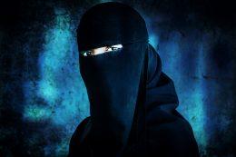 Ny IS-kvinne tilbake i Sverige. Smugles ut av leir for 150.000 kroner