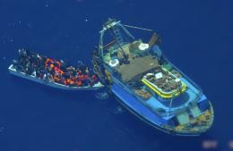 Frontex filmet menneskesmuglernes båttriks