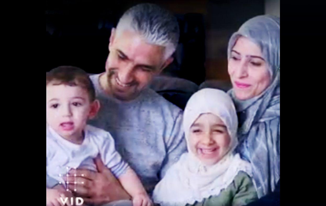 Kristen høyskole reklamerer med barn i hijab