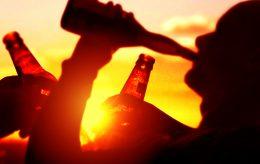 Ungdom holder «koronafester» – og hoster på gamle bare «på gøy»