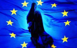 – Vi vil ha tvangsfordeling, sier EU