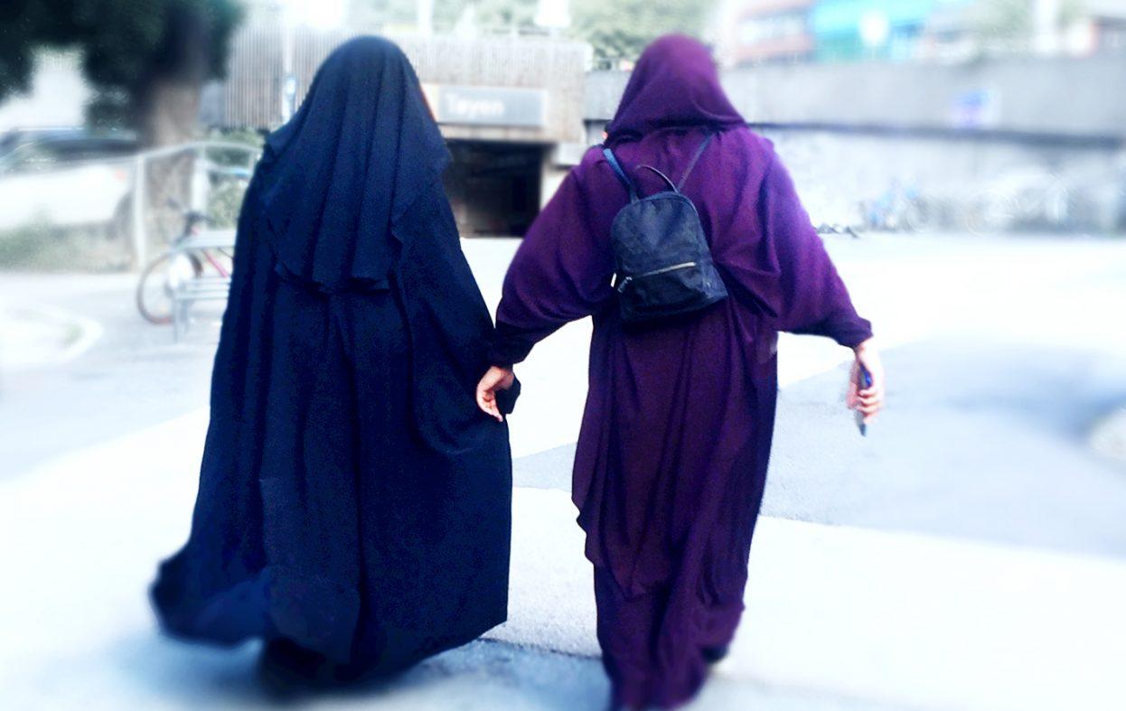 Fransk undersøkelse: 74 prosent av unge muslimer setter islam foran franske verdier