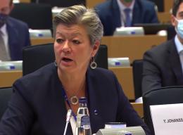 EU-kommissær: Europa skal ikke ha mindre innvandring – vi trenger dem