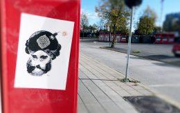 Aksjon: Henger opp Muhammed-karikaturer i Lillestrøm