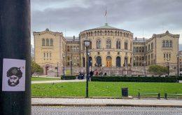Muhammed-karikaturer popper opp i hele Norge
