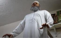 Ingen annen utvei: Steng moskeen og utvis imamen