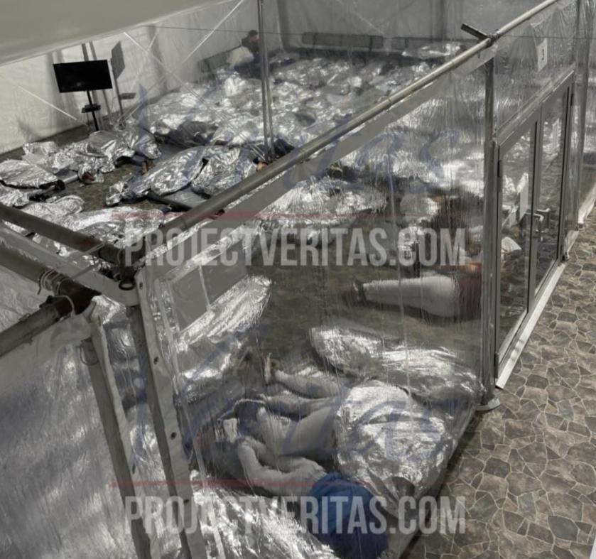 Lekkede bilder fra Bidens interneringsleire for mindreårige sjokkerer