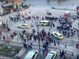 Nordmenns festdag ble innvandrerungdoms voldsdag